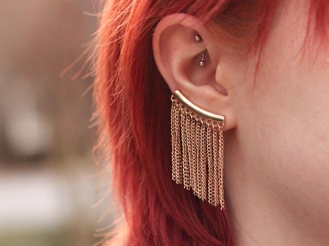 body_jewelry_trends_ear_cuffs