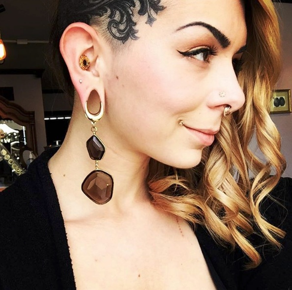 Your Guide To Changing Body Jewelry Like A Pro Bodyjewelry