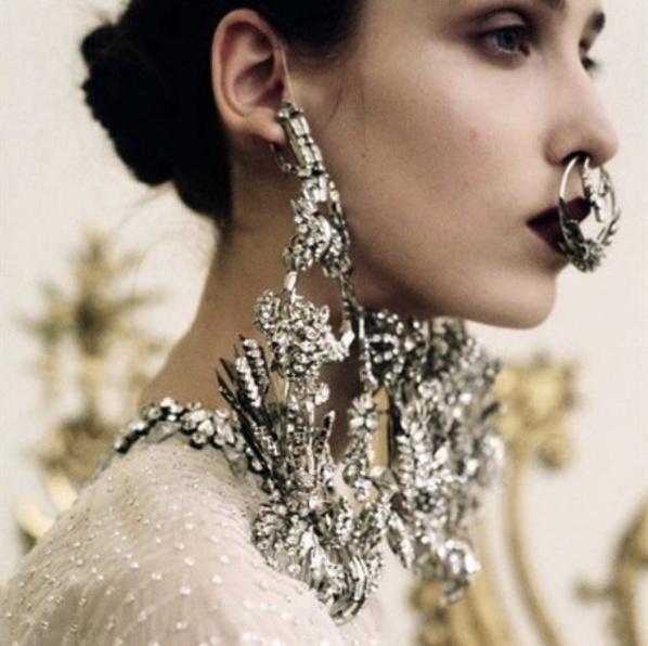 precious_stone_body_jewelry