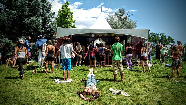 festival-1043512_640