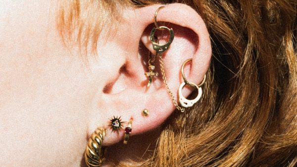 Unique jewelries on different ear piercings